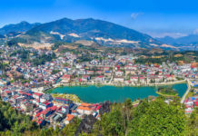 Sa Pa, (also: Sapa) is the capital of the district of the same name in Vietnam's northwestern border province of Lao Cai