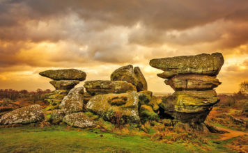 The most famous landmark of Brimham Moore is Rock Idol. A huge 200-ton boulder 4.5 m high, balancing on a small cone-shaped formation
