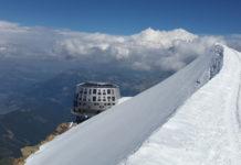 Refuge du Goûter: Highly energy efficient autonomous mountain hut