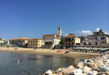 San Vincenzo is today one of the most well-equipped tourist-seaside resorts in continental Tuscany