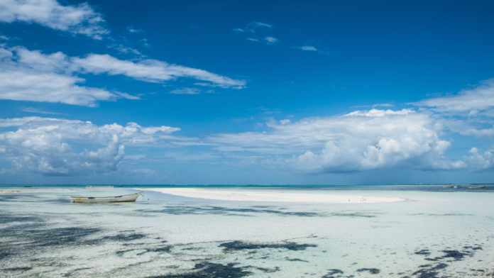 You can ride to Zanzibar all year round, but best of all - from June to October: little rain, not hot and cool breeze from the ocean