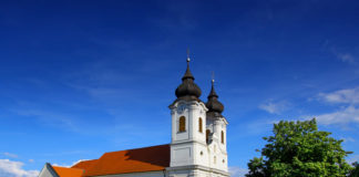 The Benedictine abbey church, built on one of the highlands of the Tihany Peninsula, is the most famous monument of the Balaton Highlands. The two-tower church that became the symbol of Tihany is the pearl of the Hungarian Baroque.