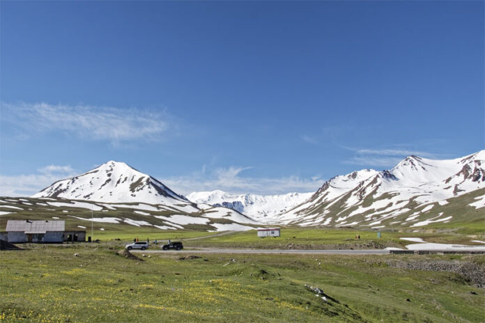 the beauty of the road from Osh to Bishkek