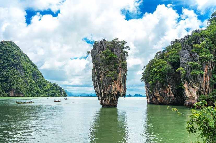 Since 1981, Koh Tapu has been protected by Phang Nga National Marine Park. Since 1998, a ban has been imposed on approaching long-tailed boats and boats to the island