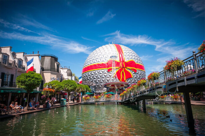 The city is mainly known for hosting over a large part of its territory one of the largest theme parks in the world: Europa-Park