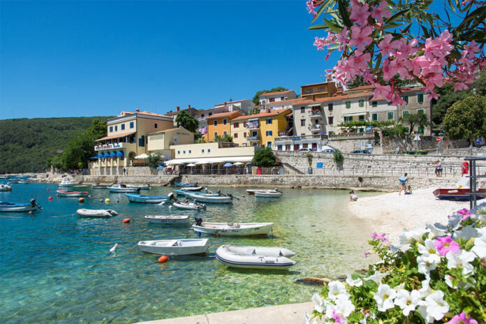 A resort center on the east coast of Istria, 50 km from Pula Airport, which became popular back in the 60s and 70s. Rabac is a suitable place for lovers of water sports and outdoor activities