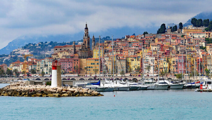 Menton - the westernmost resort of the Cote d'Azur, located between the possessions of Monaco and the Italian Riviera.