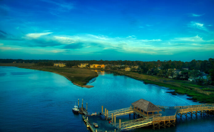 Hilton Head Island is a city on the island of the same name in Beaufort County in the US state of South Carolina