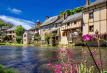 Located on the borders of Corrèze, Haute-Vienne and Dordogne, Ségur-le-Château is classified among the most beautiful villages in France.